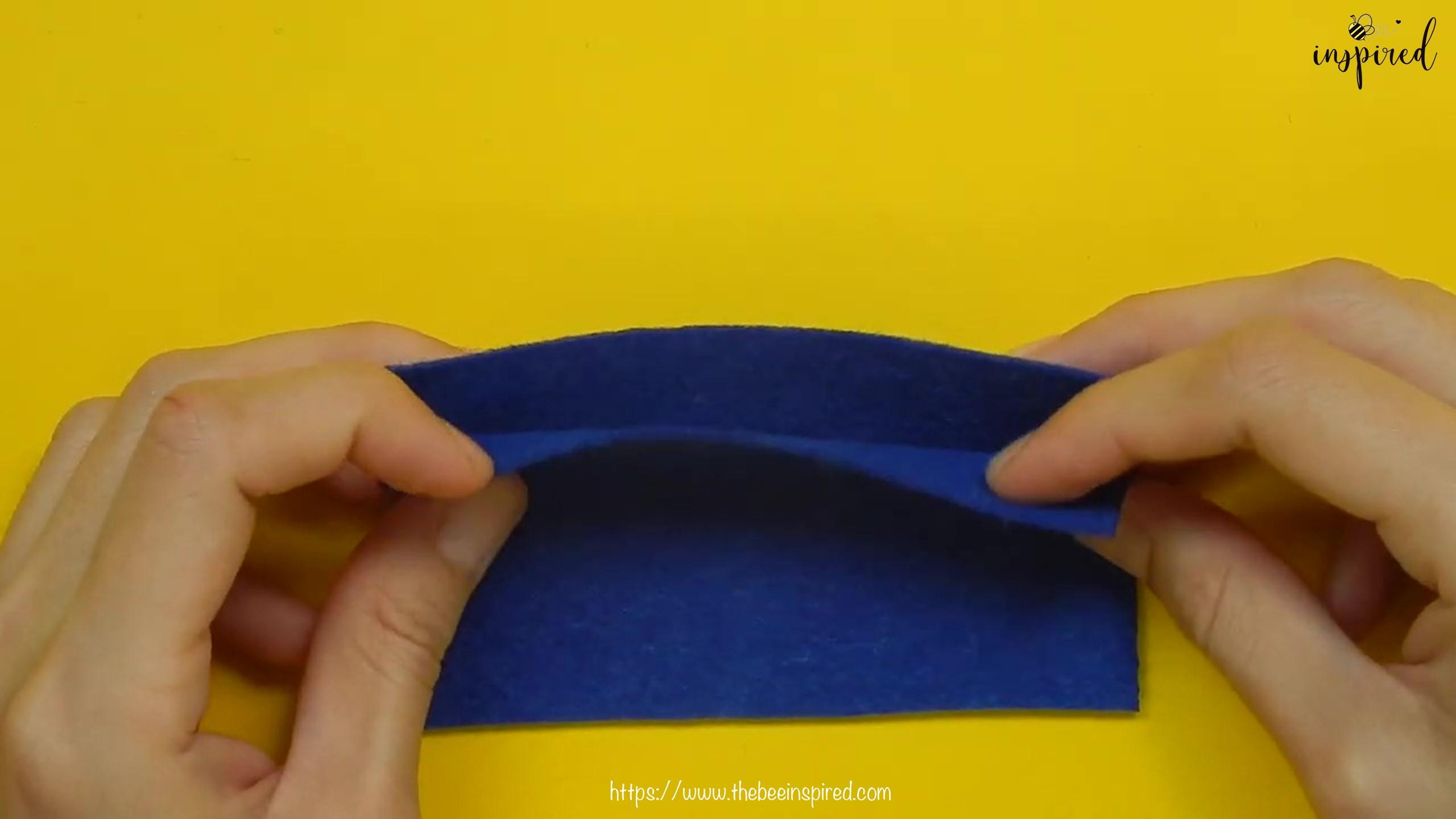 วิธีการเย็บลายปักริมผ้าห่ม (How to Sew a Blanket Stitch) _ วิธีเย็บเก็บริมผ้าโดยไม่ใช้จักรโพ้ง_2
