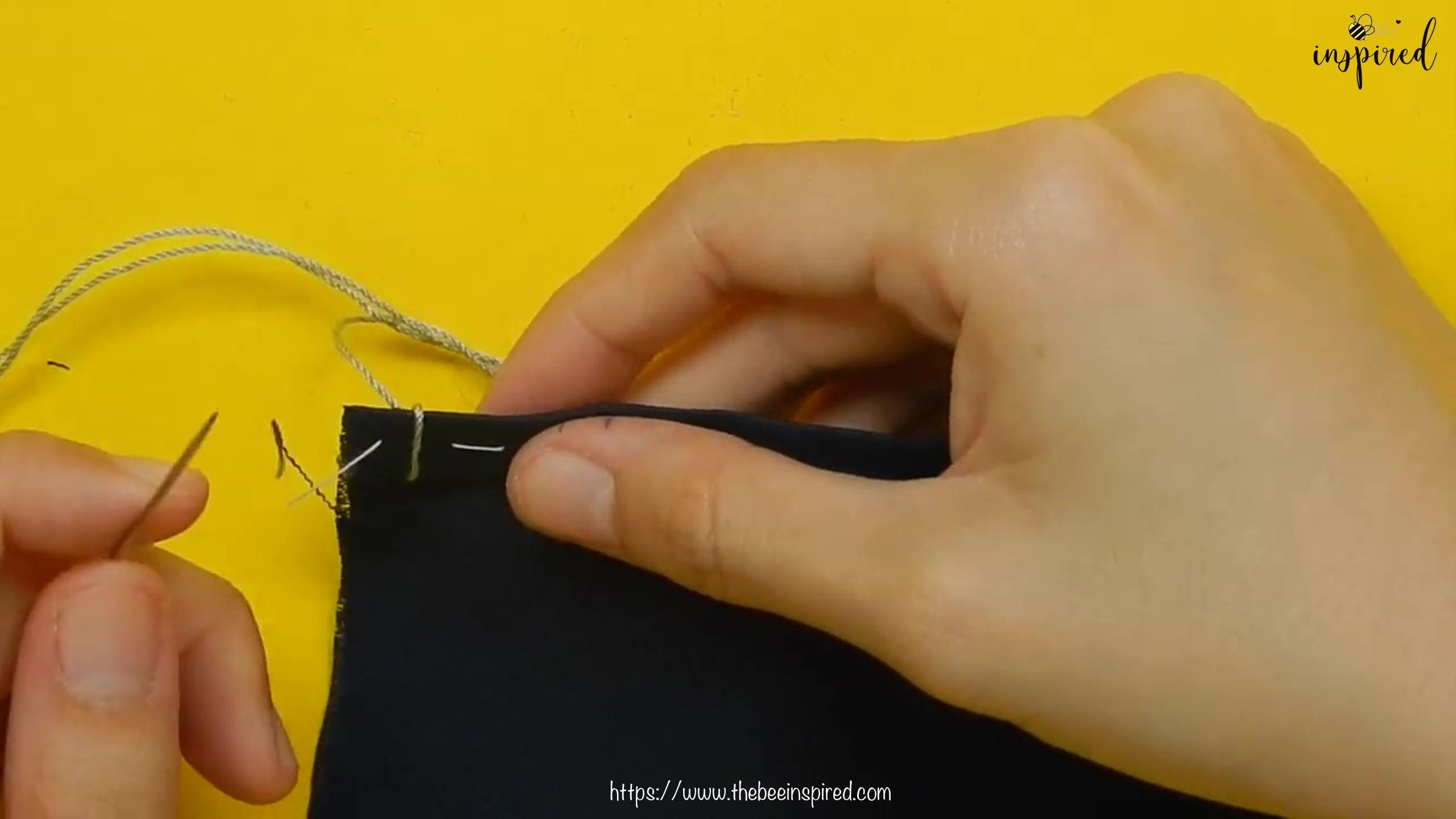 วิธีการเย็บลายปักริมผ้าห่ม (How to Sew a Blanket Stitch) _ วิธีเย็บเก็บริมผ้าโดยไม่ใช้จักรโพ้ง_20