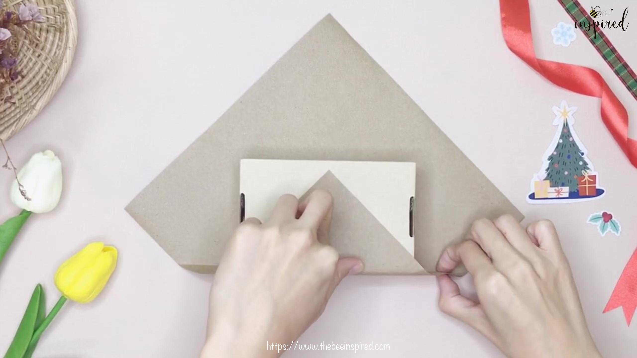 DIY วิธีห่อของขวัญวันวาเลนไทน์ วันปีใหม่ วันคริสมาส & วันเกิด แบบประหยัดกระดาษ_ Gift Wrapping Hack_5