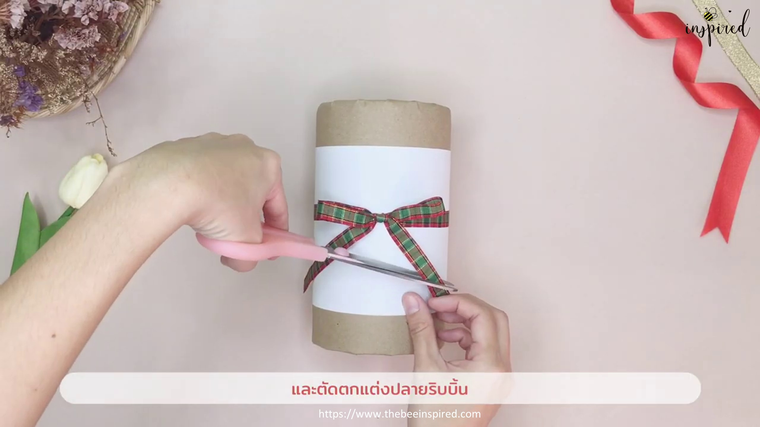 DIY Cylinder Gift Wrapping for Valentine_16