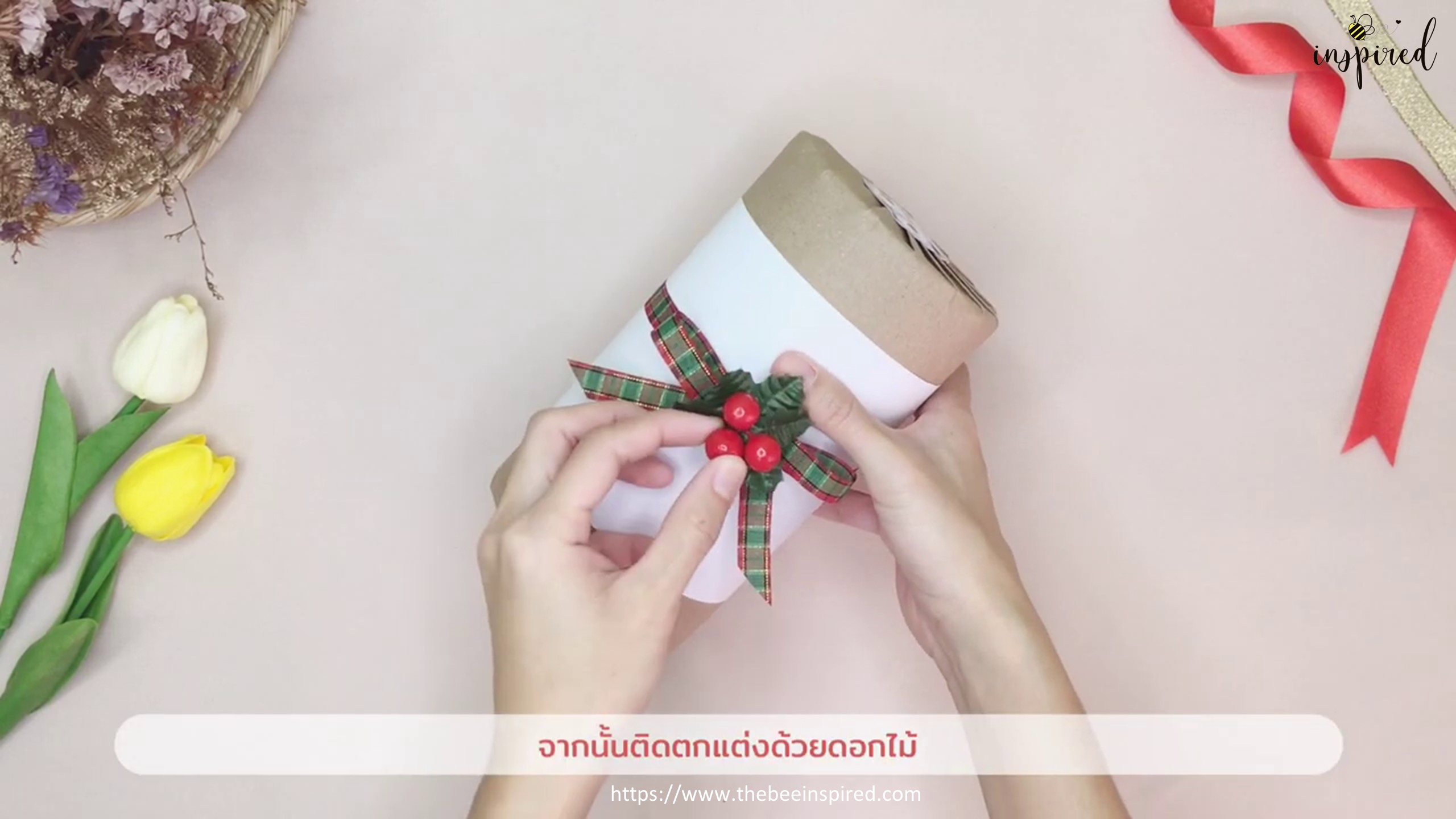 DIY Cylinder Gift Wrapping for Valentine_17