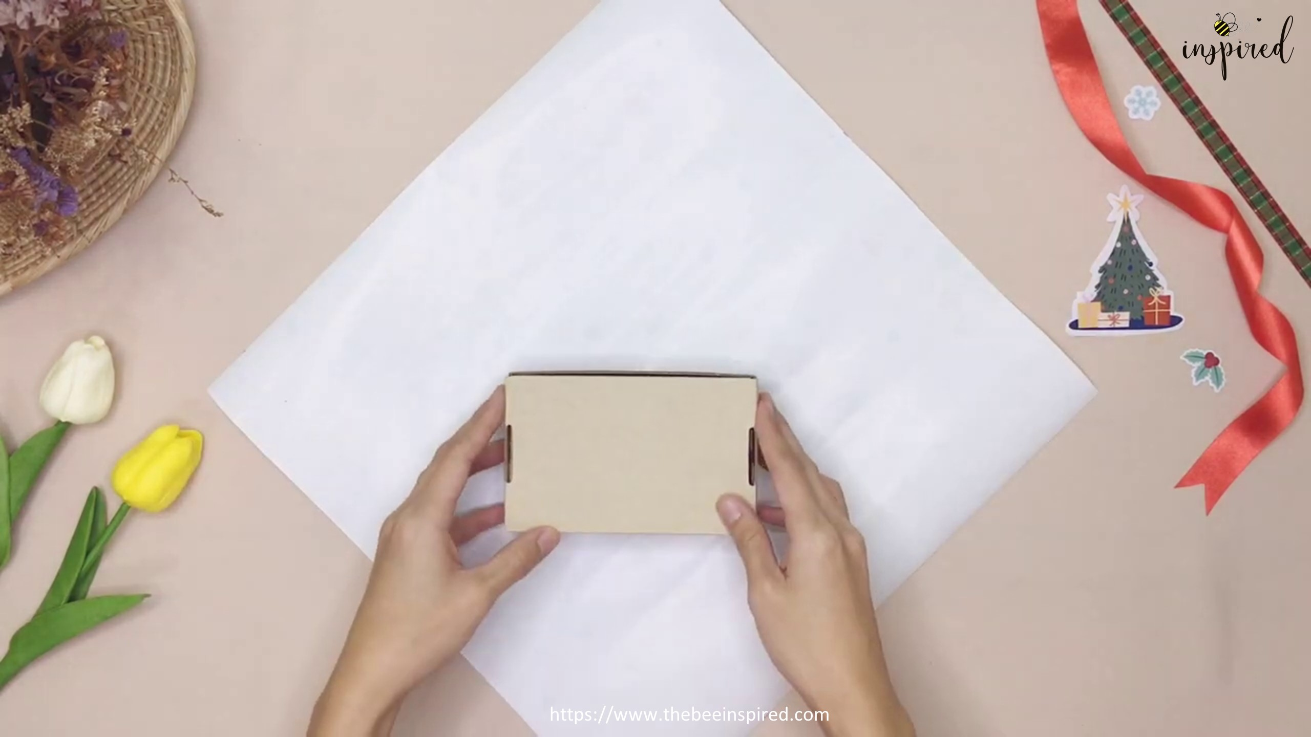 DIY Gift Wrapping for Valentine (No Tape)_3