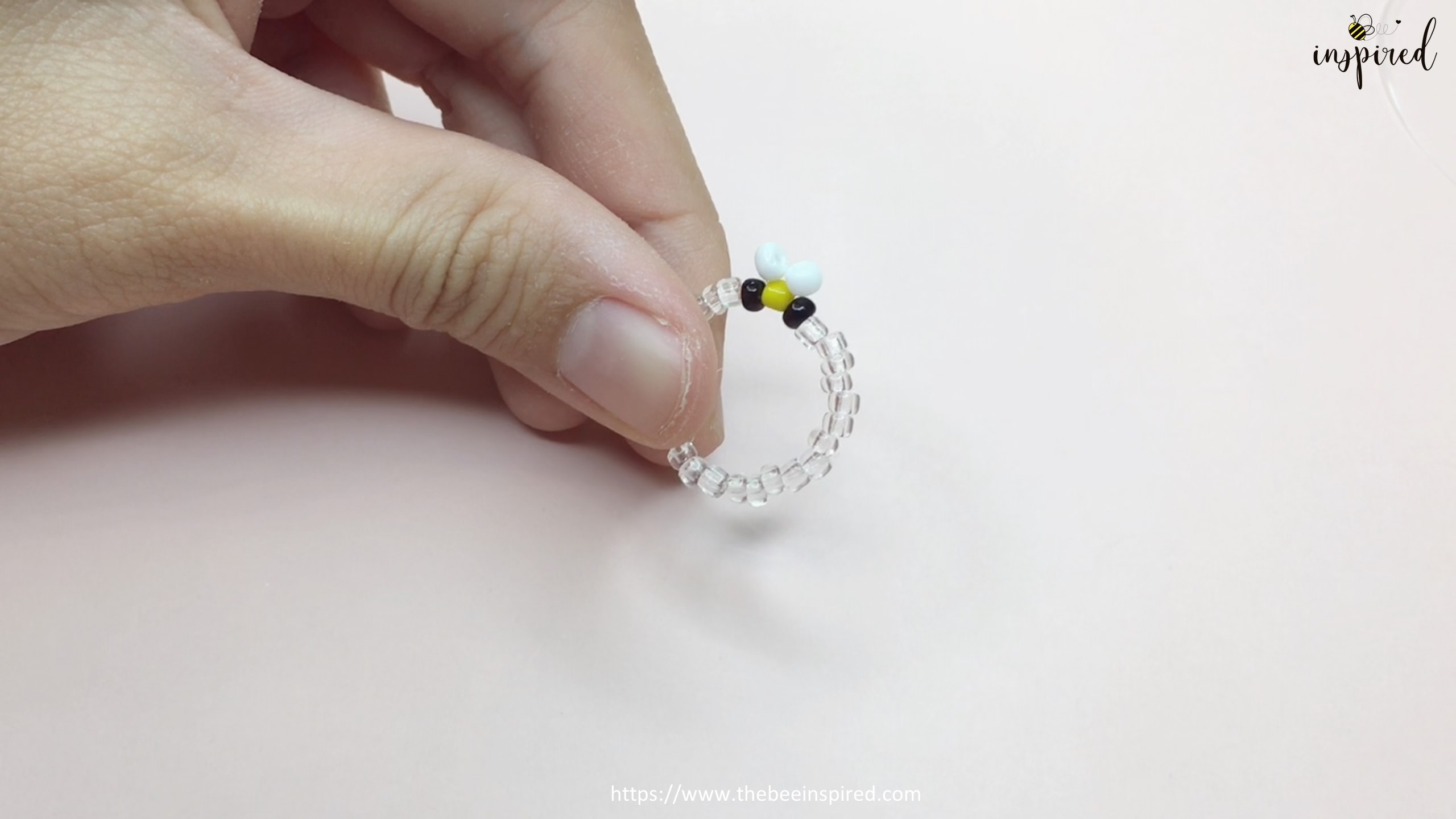How to Make Bee Beaded Ring_14
